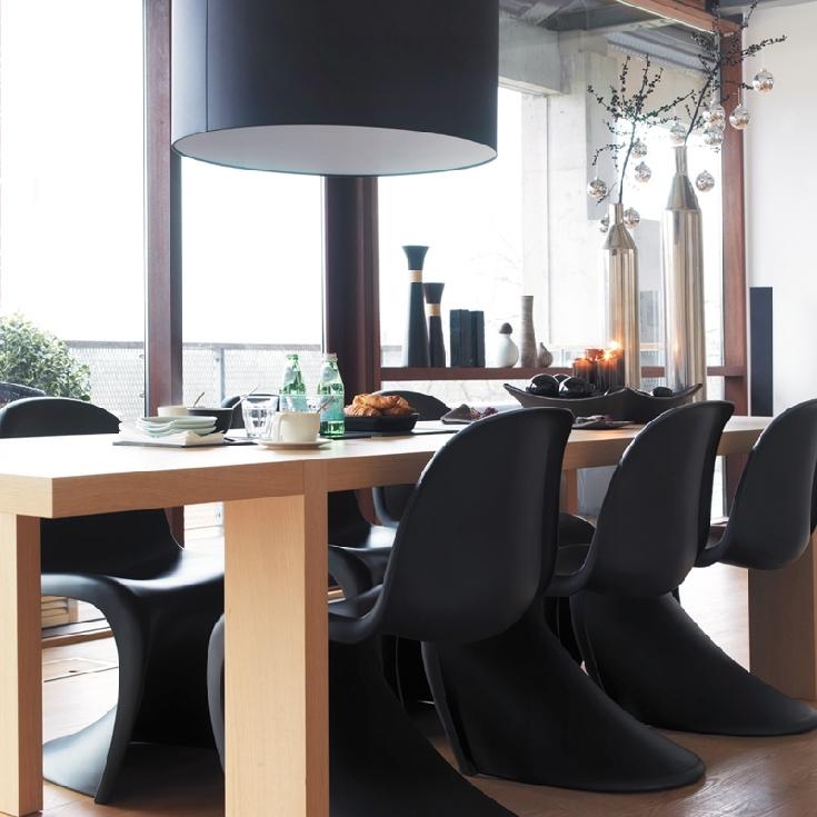 un appartement en noir et blanc frenchy fancy. Black Bedroom Furniture Sets. Home Design Ideas