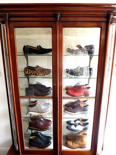 Une vitrine à chaussures !