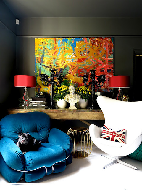 Du Arne Jacobsen côtoie de l'art antique, baroque et moderne