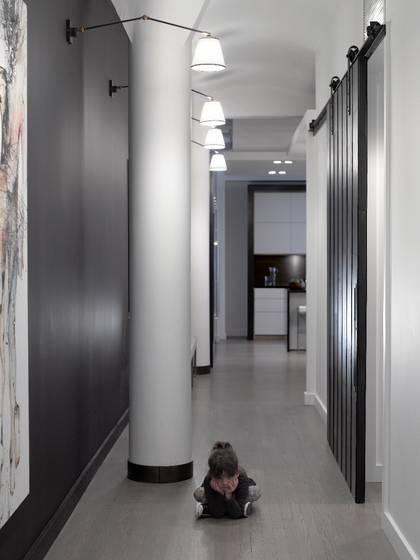 Un loft contemporain en noir et blanc frenchy fancy - Comment meubler un loft ...
