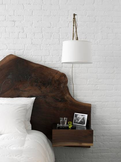 Exemple Peinture Chambre Fille : Wood Slab Headboard