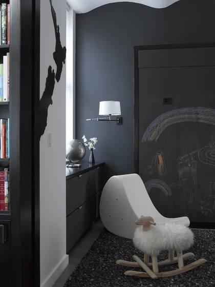 Un loft contemporain en noir et blanc frenchy fancy for Peinture noir et blanc chambre