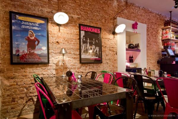 Pink Flamingo Un Restaurant Tr S D Co Frenchy Fancy