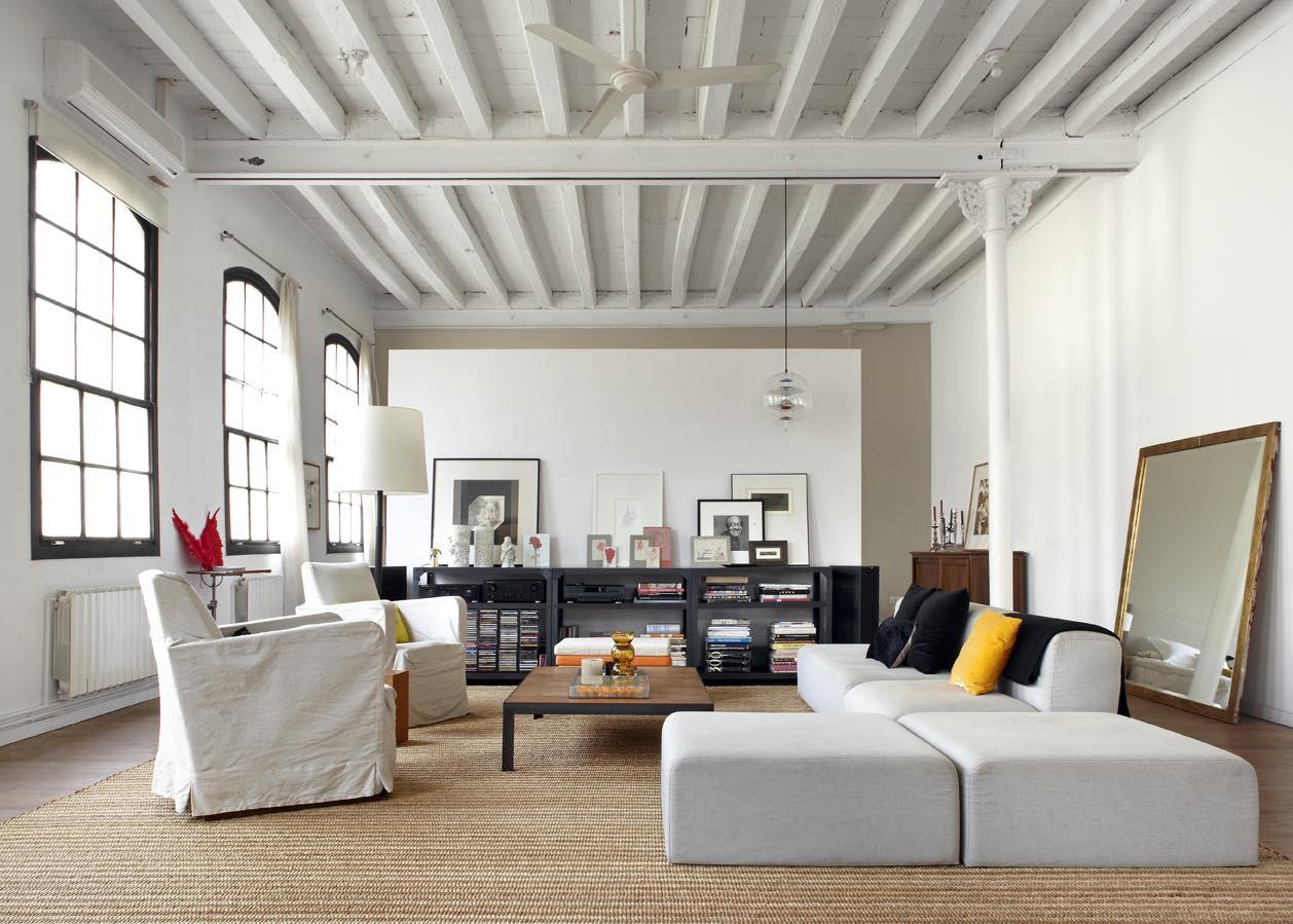 la pice vivre trs vaste - Table Atelier Loft