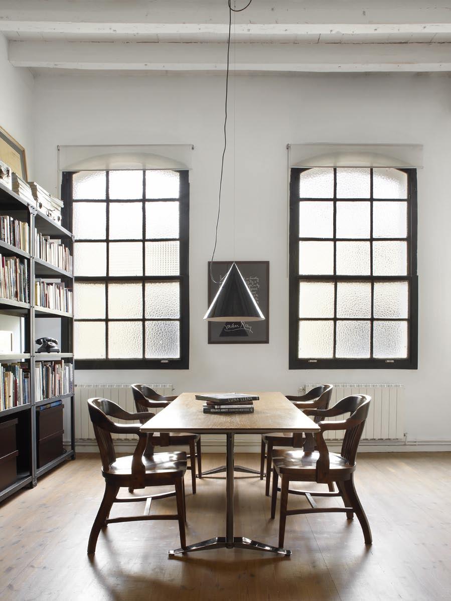 La salle à manger très lumineuse