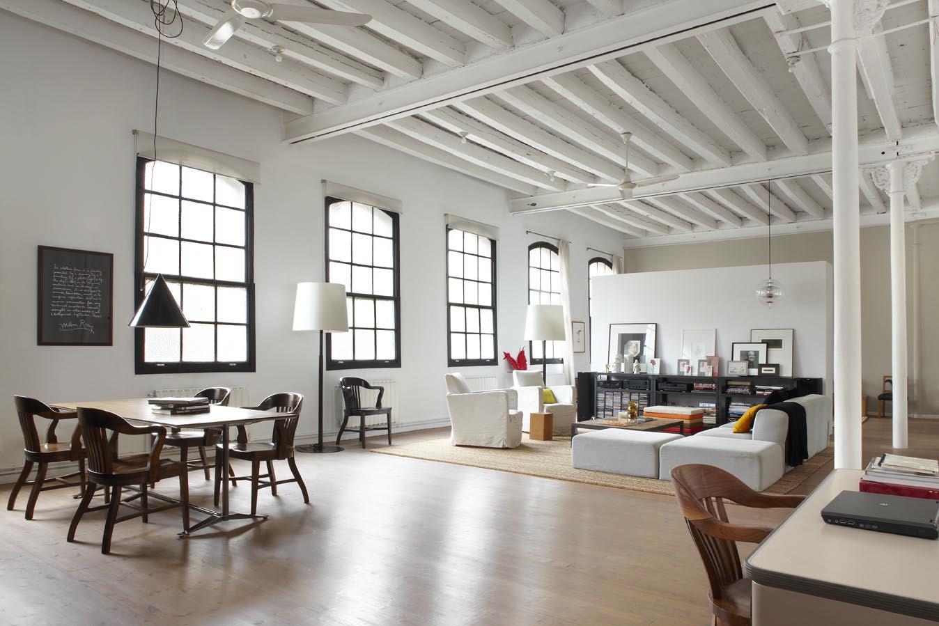 Un loft dans un ancien atelier de textiles frenchy fancy - La petite table eygalieres ...