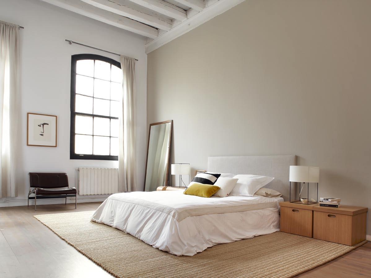 Atmosphère douce pour cette chambre à coucher