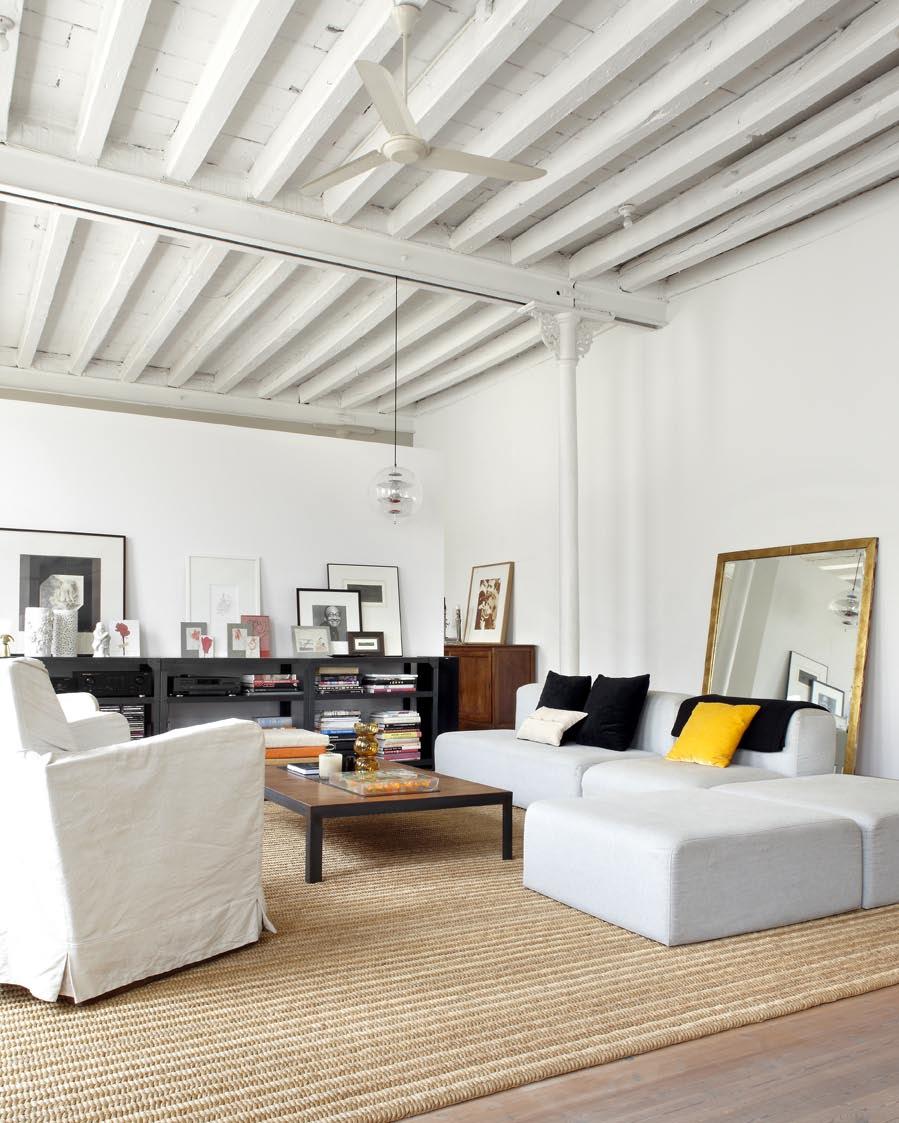 un loft dans un ancien atelier de textiles frenchy fancy. Black Bedroom Furniture Sets. Home Design Ideas