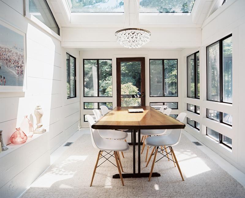 table en bois et chaises eames - Salle A Manger Grande Table