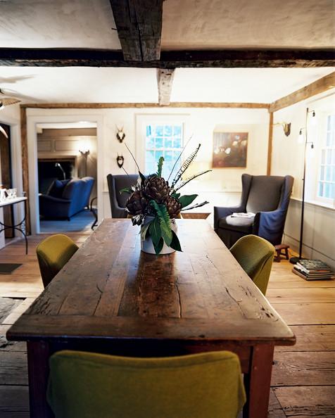 La salle manger parfaite frenchy fancy - Table ancienne et chaises modernes ...