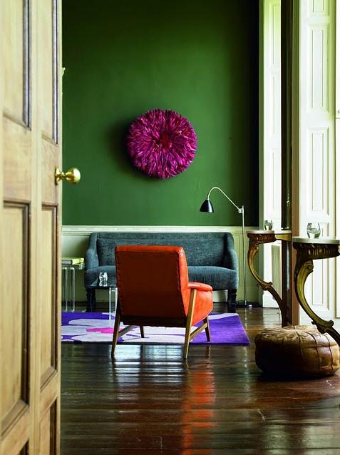 Le vert s'intègre parfaitement aux intérieurs un peu bohème