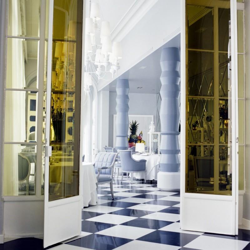 Ambiance Alice au pays des merveilles pour ce restaurant à Madrid