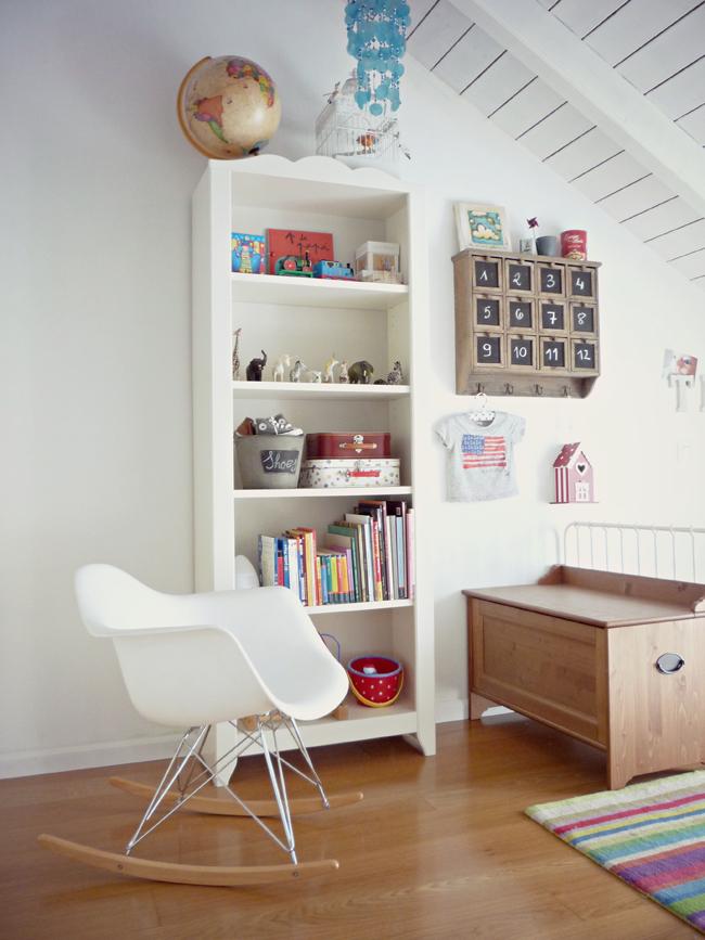 L 39 univers vintage et color de teo frenchy fancy for Fauteuil a bascule chambre bebe