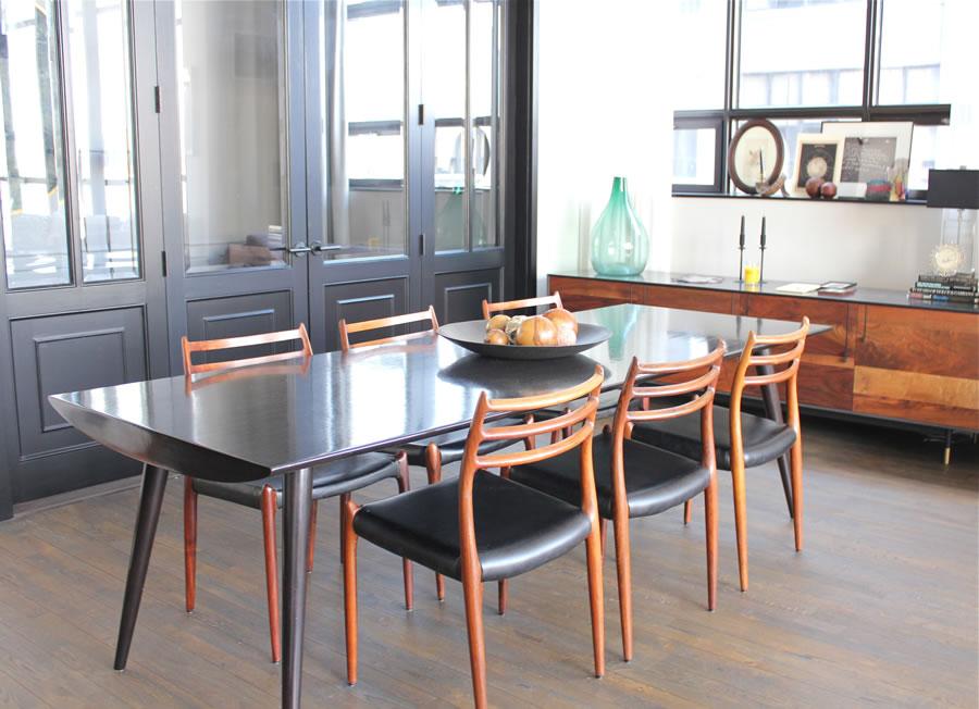 Un appartement au style chic et vintage brooklyn for Table a manger pour studio