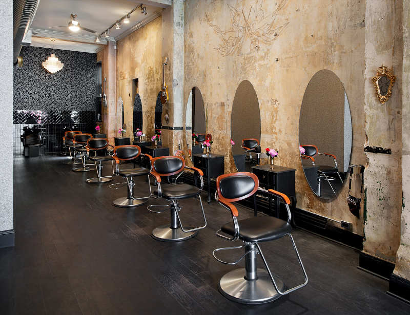 Un salon de coiffure au style glam 39 rock frenchy fancy - Petit salon de coiffure ...