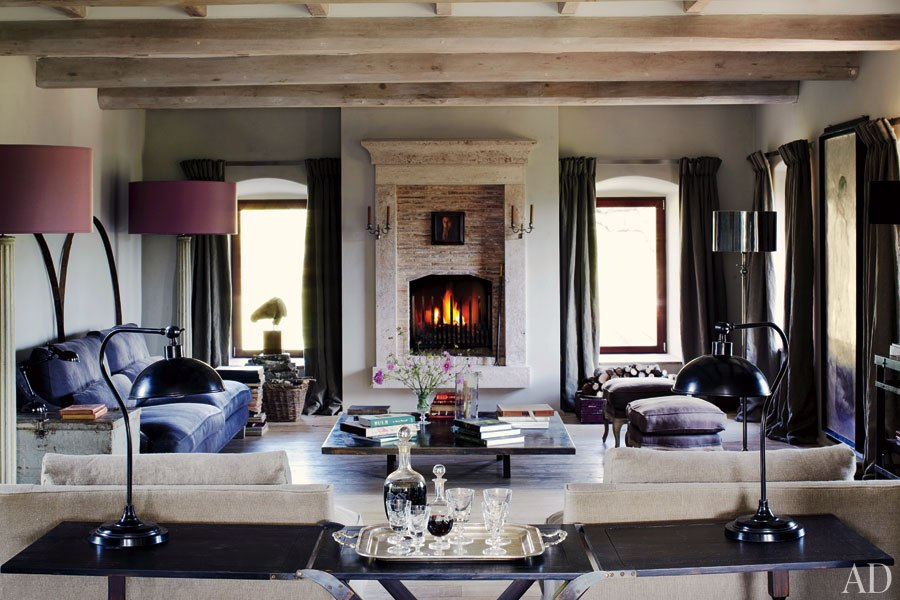 une maison au charme rustique en italie frenchy fancy. Black Bedroom Furniture Sets. Home Design Ideas