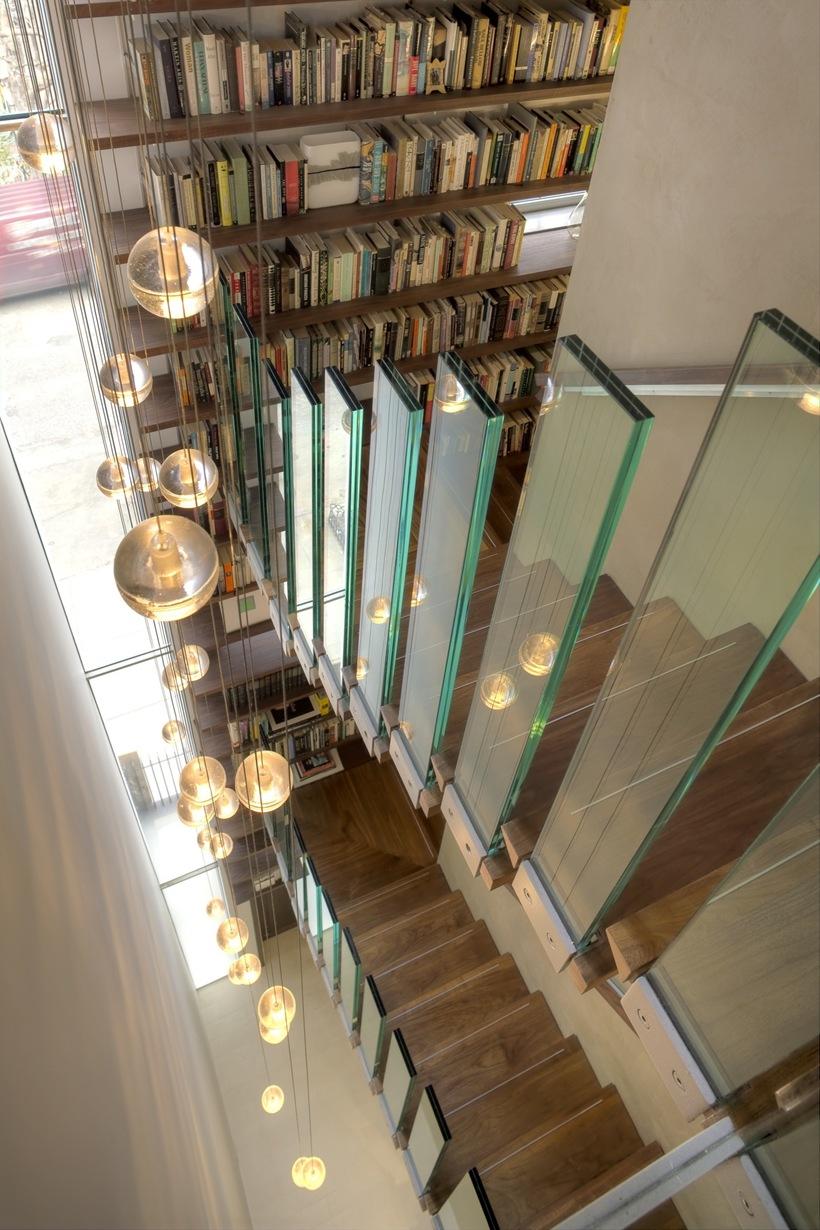 Escalier en bois et verre