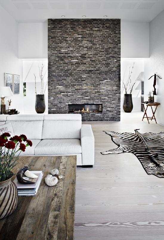 Structure de cheminée en briques