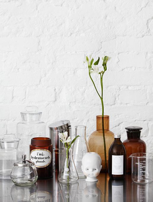 Une salle de bain façon Cabinet de Curiosités - FrenchyFancy