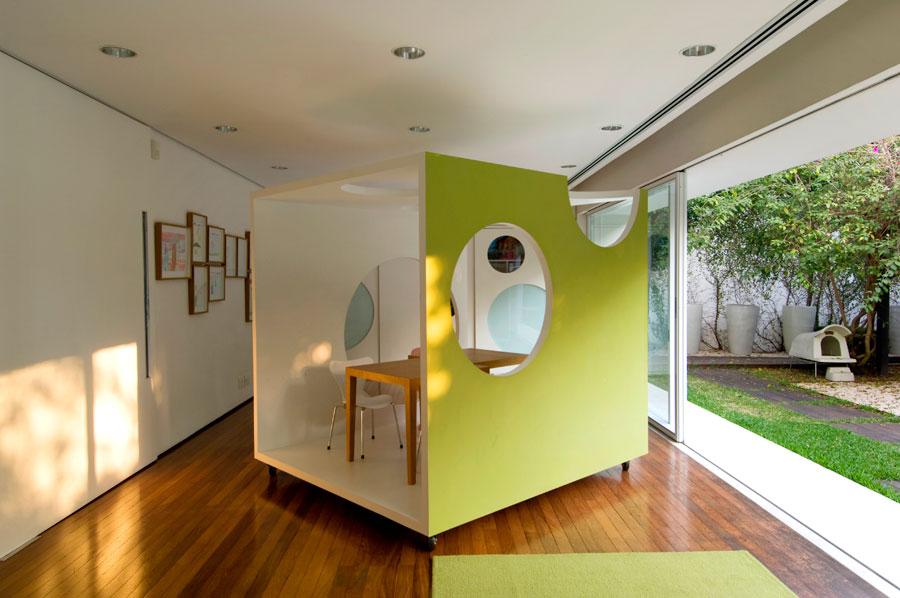 l 39 histoire de la boite dans la boite frenchy fancy. Black Bedroom Furniture Sets. Home Design Ideas