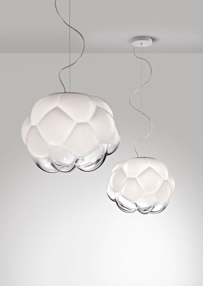 Luminaire design qui évoque la forme d'un nuage par Mathieu Lehanneur