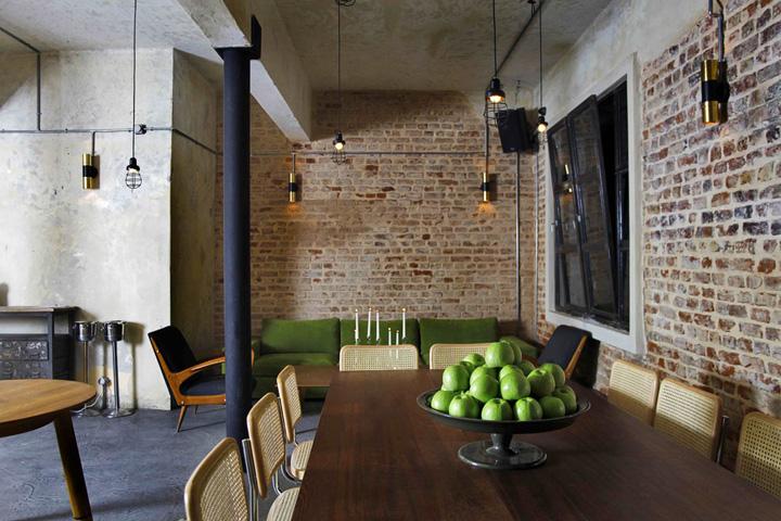 Un bar branch au look vintage industriel frenchy fancy - Deco murale style industriel ...