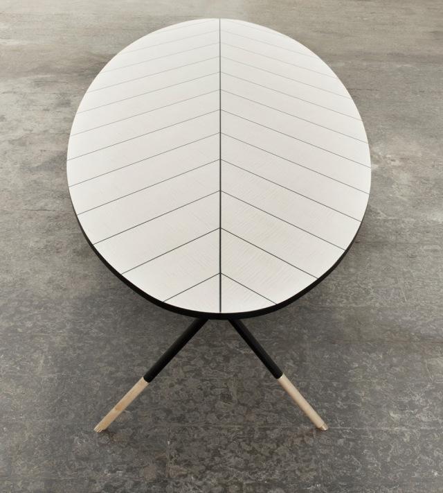 Table basse d'inspiration végétale