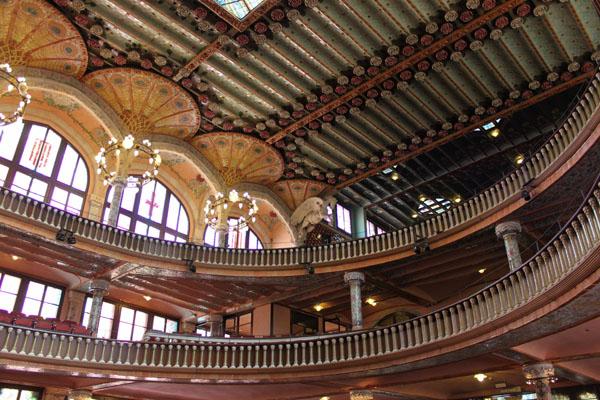 Décoration d'intérieur du Palais de la Musique