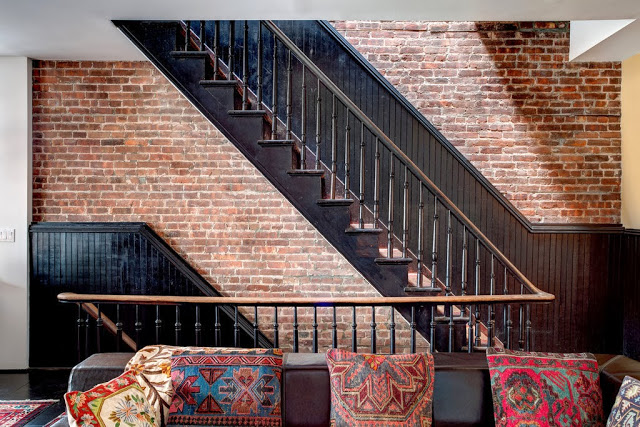 Style boh me brooklyn frenchy fancy - Escalier peint en noir ...