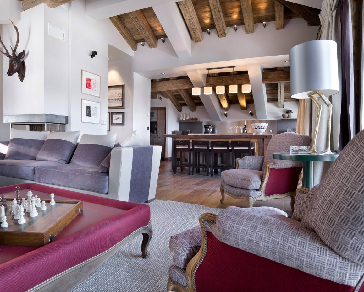 Le charme d 39 un chalet courchevel 1850 frenchy fancy for Decoration interieur chalet bois
