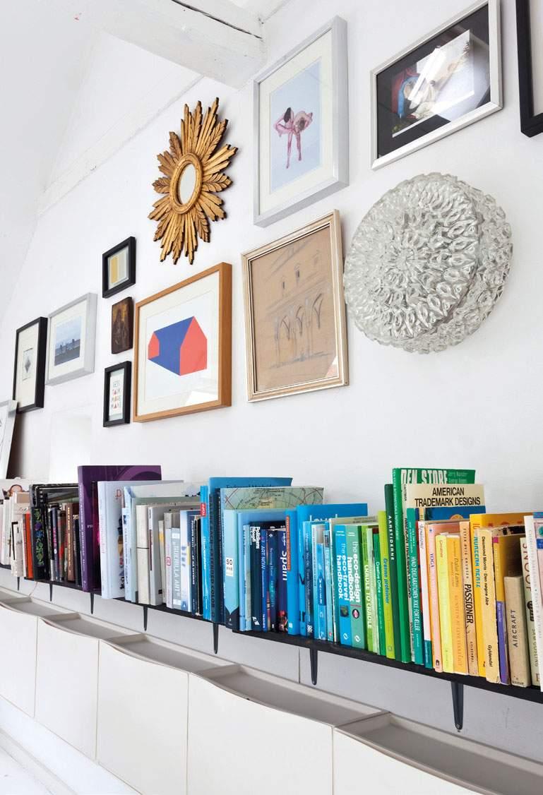 Idée déco : classer ses livres par couleurs