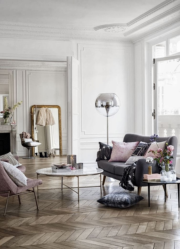 Intérieur haussmannien avec uen décoration H&M home