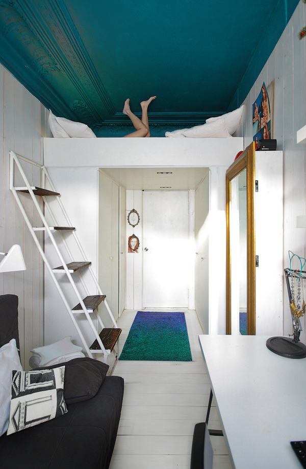 Peindre son plafond en bleu