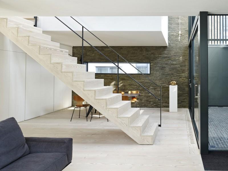 Escalier contemporain en bois