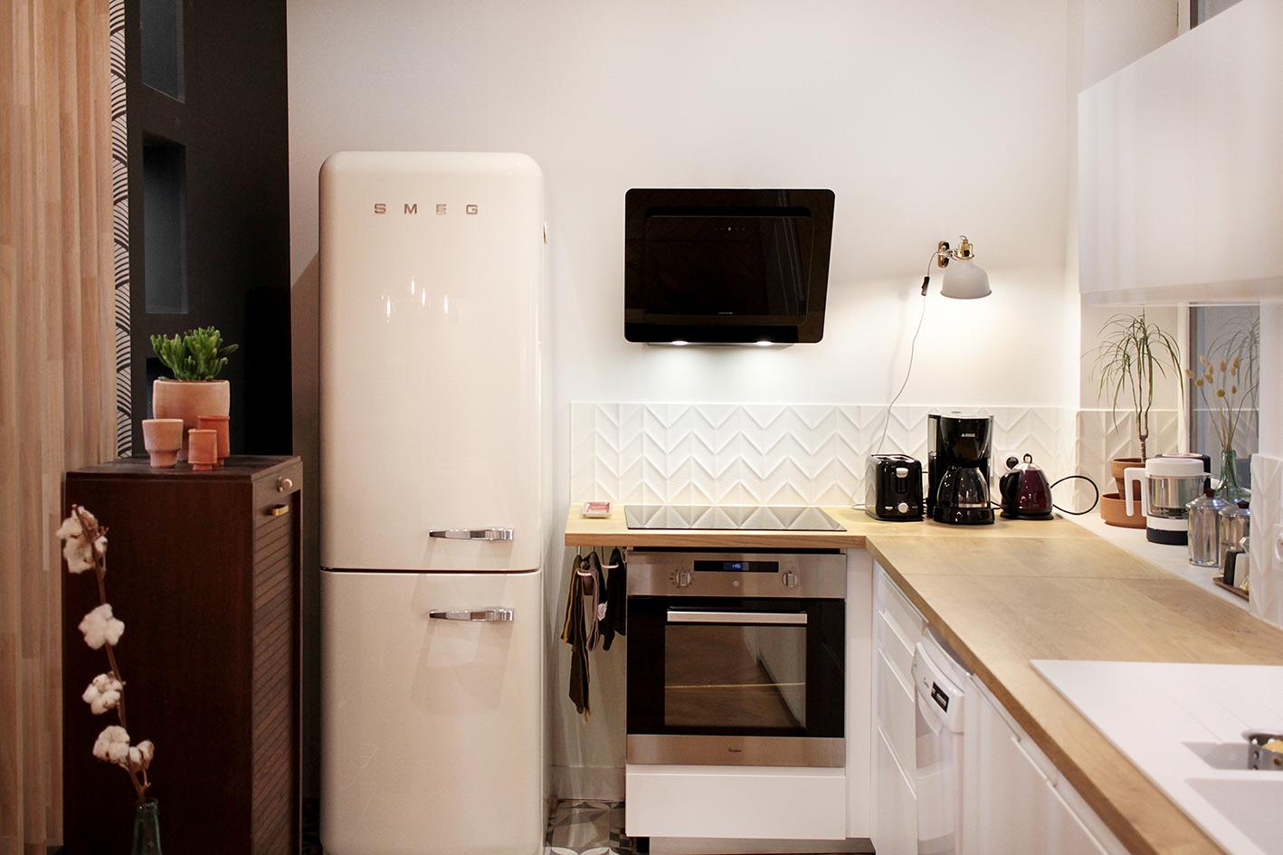 inspiration deco un frigo smeg pour une cuisine design