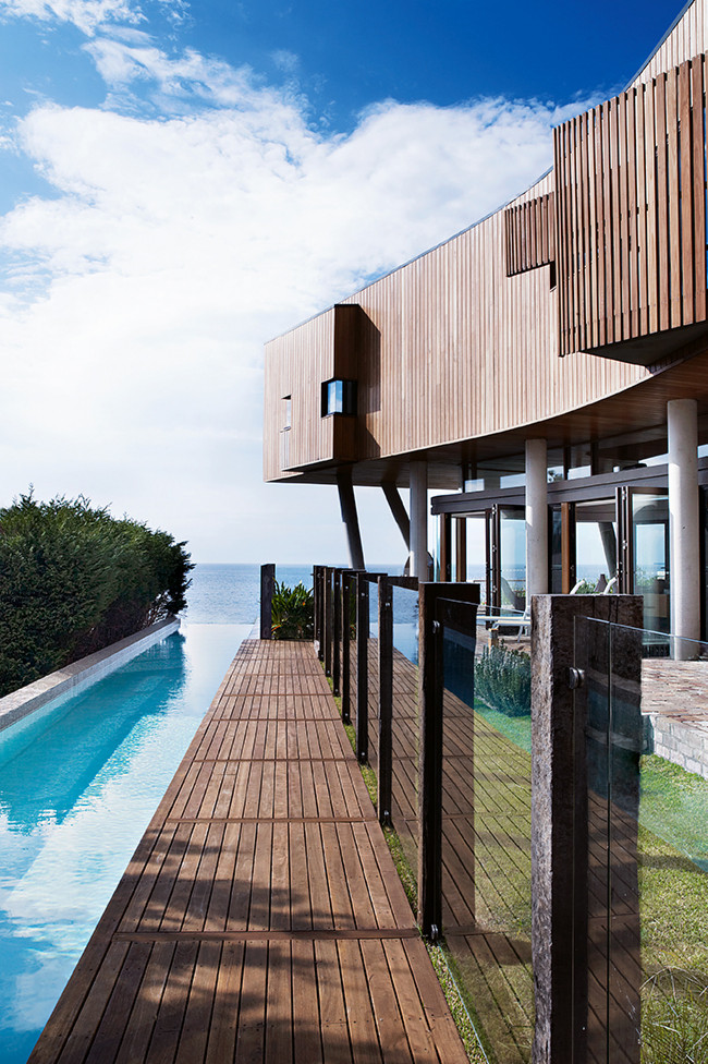 architecture contemporaine en bord de mer frenchy fancy