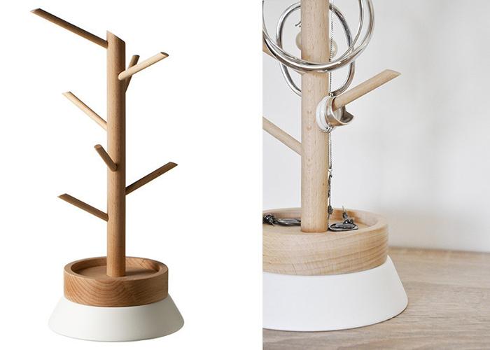 Arbre à bijoux en bois design