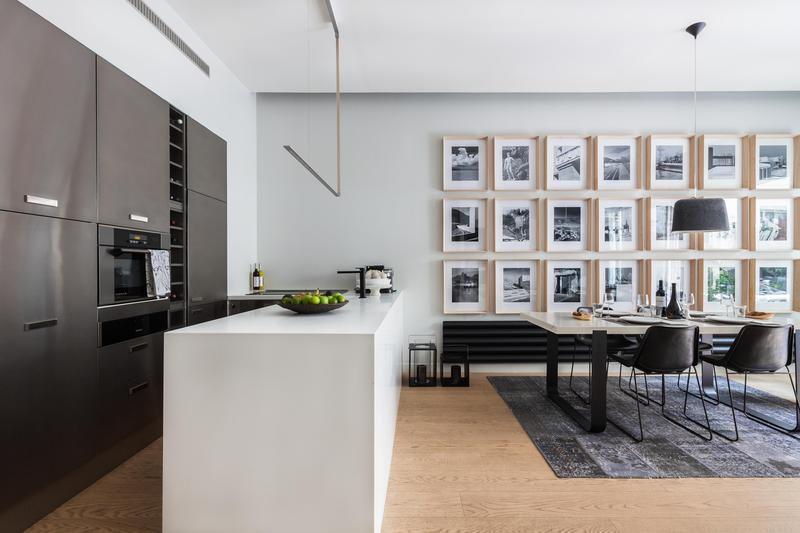 5 conseils pour d corer joliment ses murs frenchy fancy - Decorer grand mur blanc ...