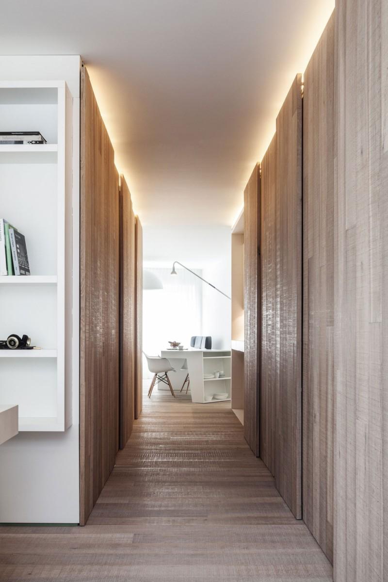 Chaise Eames blanche bureau contemporain