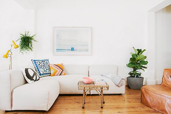 beaucoup de blanc et une touche de jaune frenchy fancy. Black Bedroom Furniture Sets. Home Design Ideas