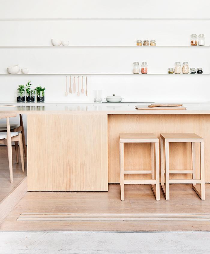 esprit minimaliste et lignes contemporaines frenchy fancy. Black Bedroom Furniture Sets. Home Design Ideas
