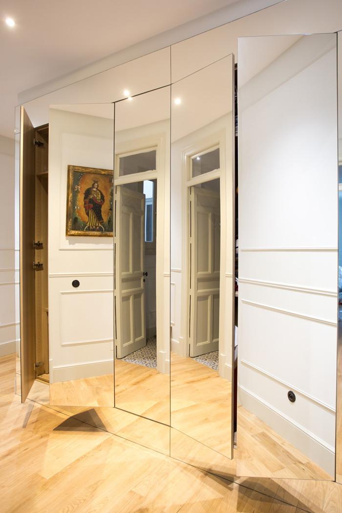 Aménagement dressing portes miroir