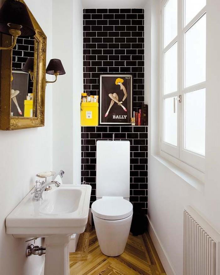 WC avec mur en carreaux style métro