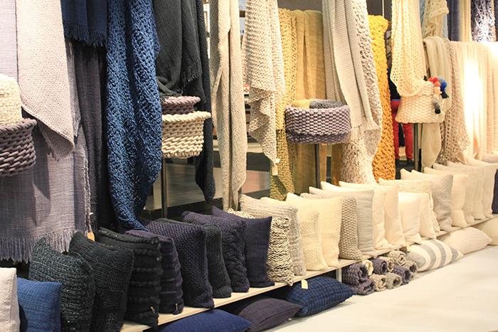 Textile pour la maison en grosse mailles