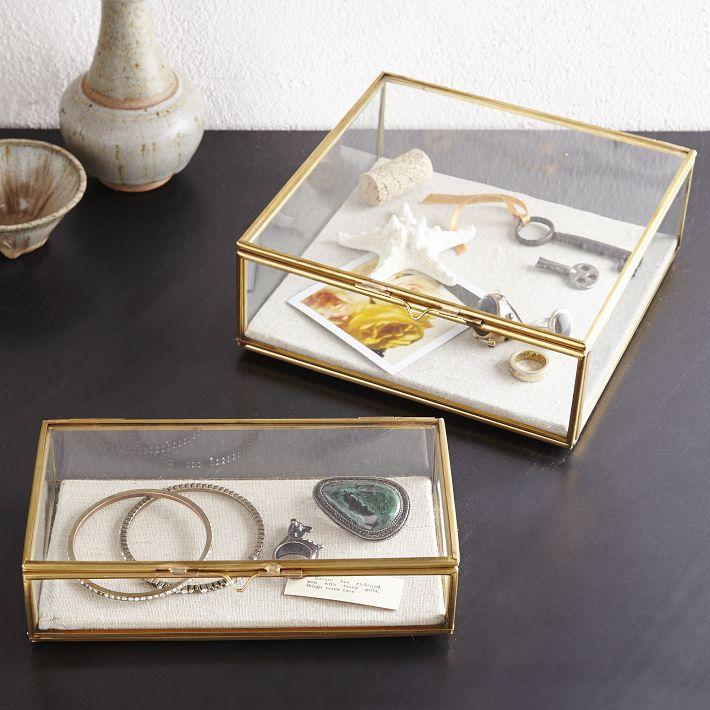 Shopping : où trouver un coffret vitrine pour ses trésors ?