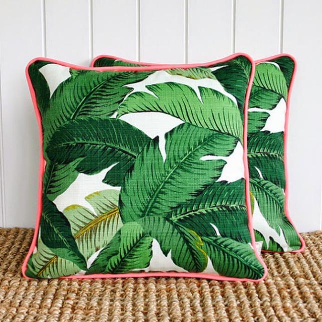 Coussin motif tropical