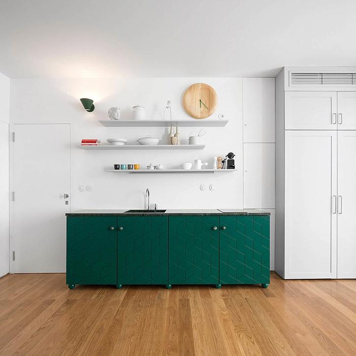 Cuisine en vert bois et blanc