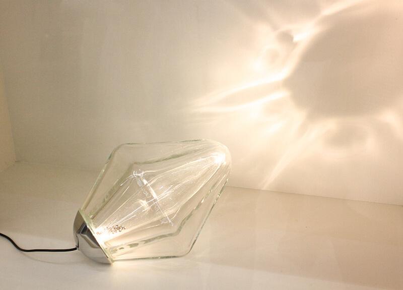 Lampe design en verre
