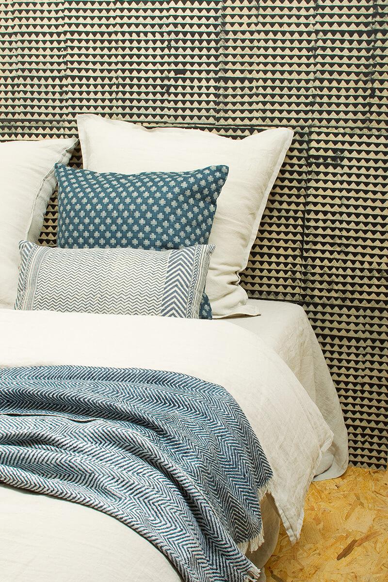parrure de draps cheap parure de draps en coton bio biotissus with parrure de draps parure. Black Bedroom Furniture Sets. Home Design Ideas