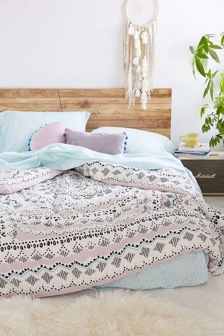 5 astuces pour se cr er un lit douillet digne d 39 un magazine frenchy fancy. Black Bedroom Furniture Sets. Home Design Ideas